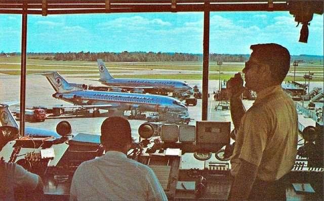 Особенности авиаперелетов в 50-60 годы: гламурные стюардессы, изысканные блюда… Интересное