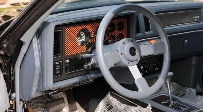 Культовый Buick GNX без пробега продадут на аукционе авто
