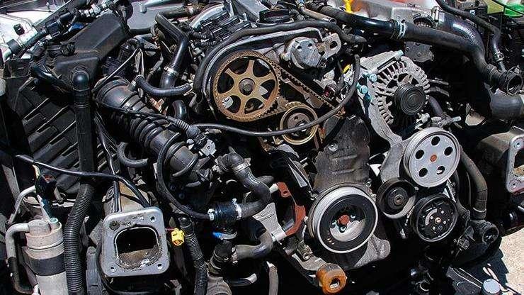 Распространенные ошибки водителей, «убивающие» ремень ГРМ вождение автомобиля