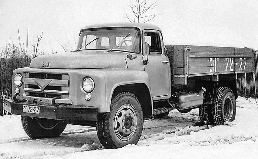 Почему старые ЗИЛы голубые? грузовики